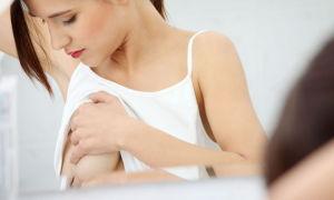 В каких случаях возникает сыпь под грудью и как от неё избавиться