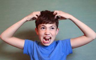 Себорея кожи головы у детей: симптомы, причины, лечение, прогноз