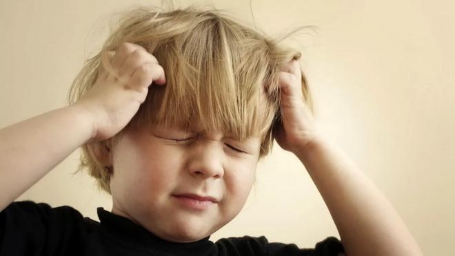 Почему у ребенка чешется голова